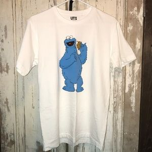 Uniqlo x Kaws Sesame Street Cookie Monster T
